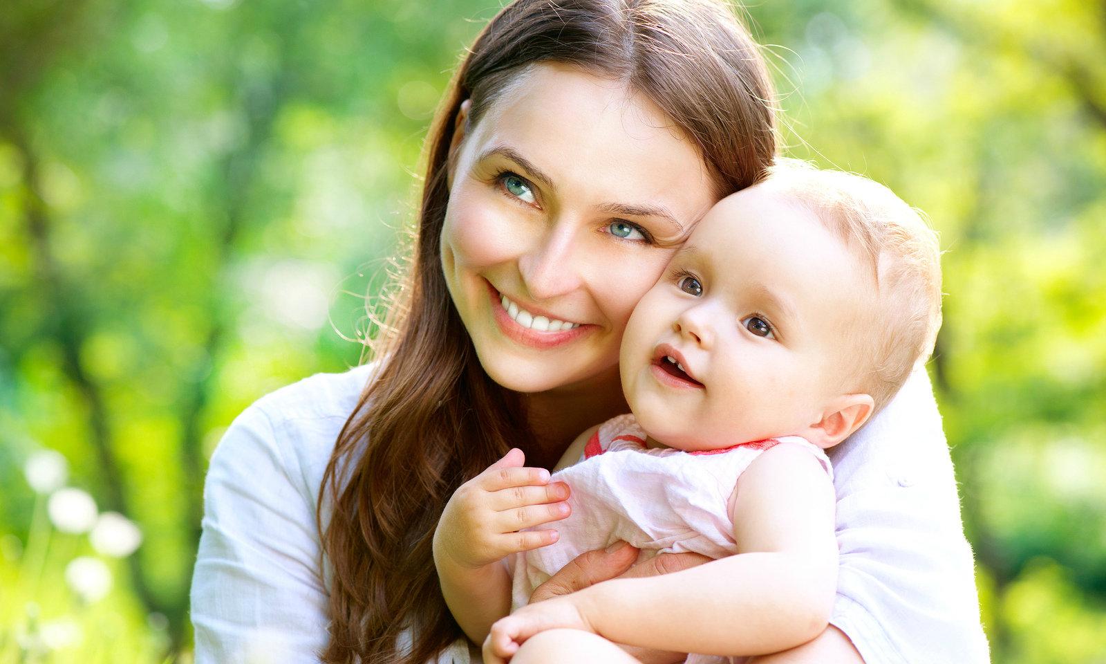 Фото молодой мамы и ребенка
