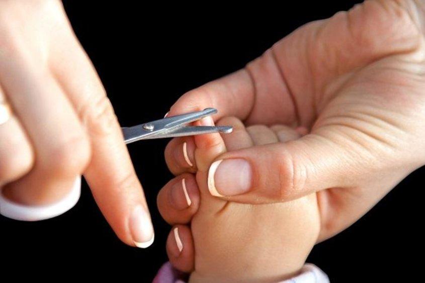 Приснилось подстригать ногти
