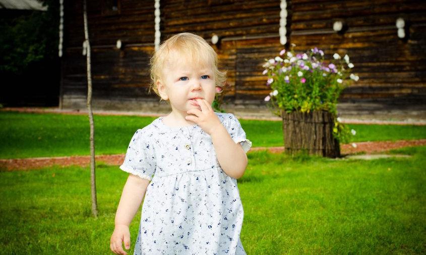 Девчонка сосет ську умамы фото 520-19
